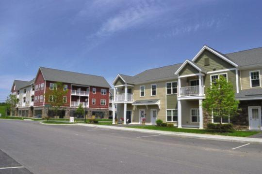 The-Springs-Apartments-Saratoga-Roohan-Realty-1