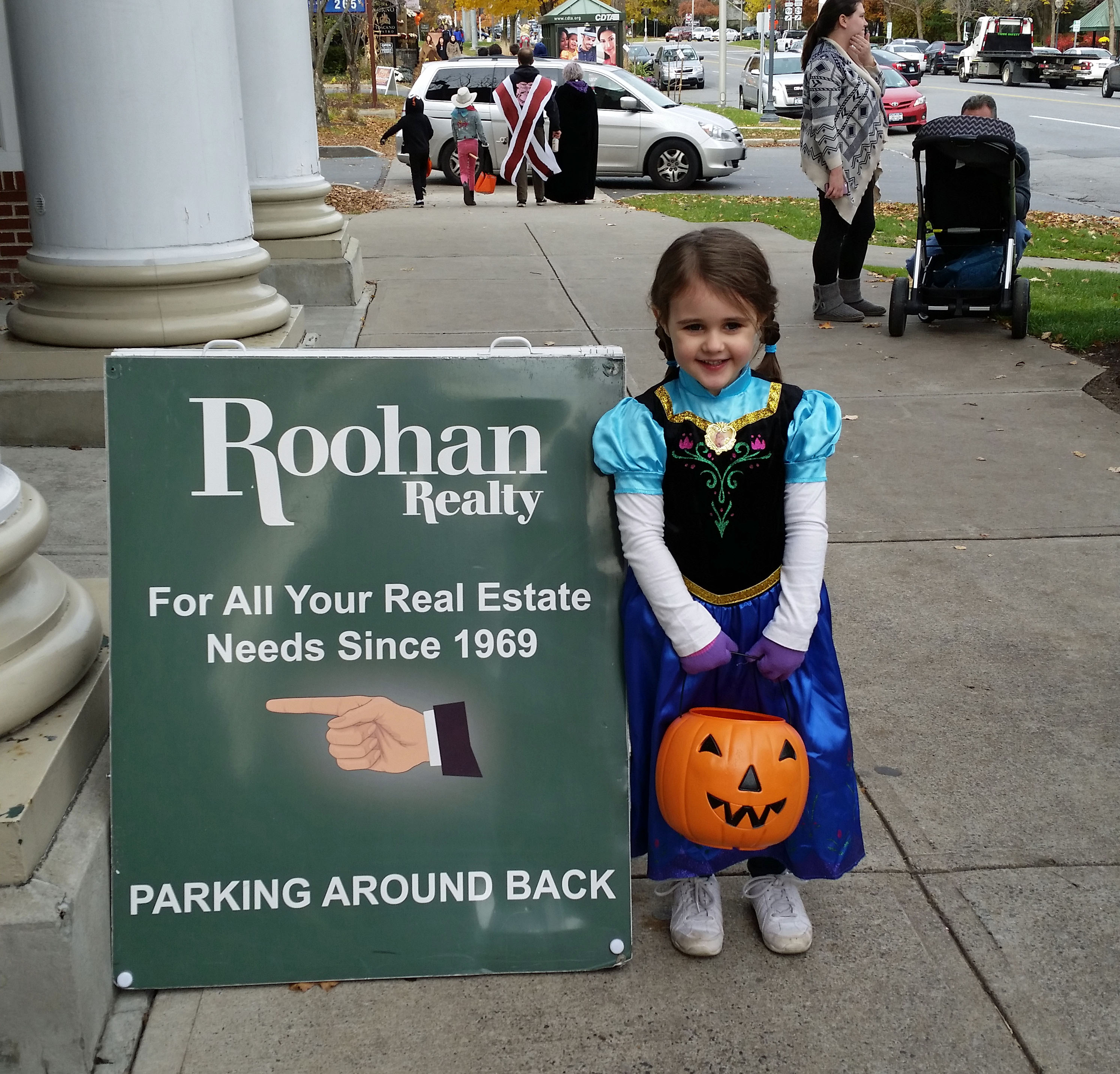 Tara's daughter, Abiageal, Trick-or-Treating at the office (2015)