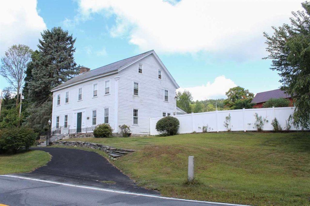 Historic home 177 Parkhurst Road in Saratoga County NY
