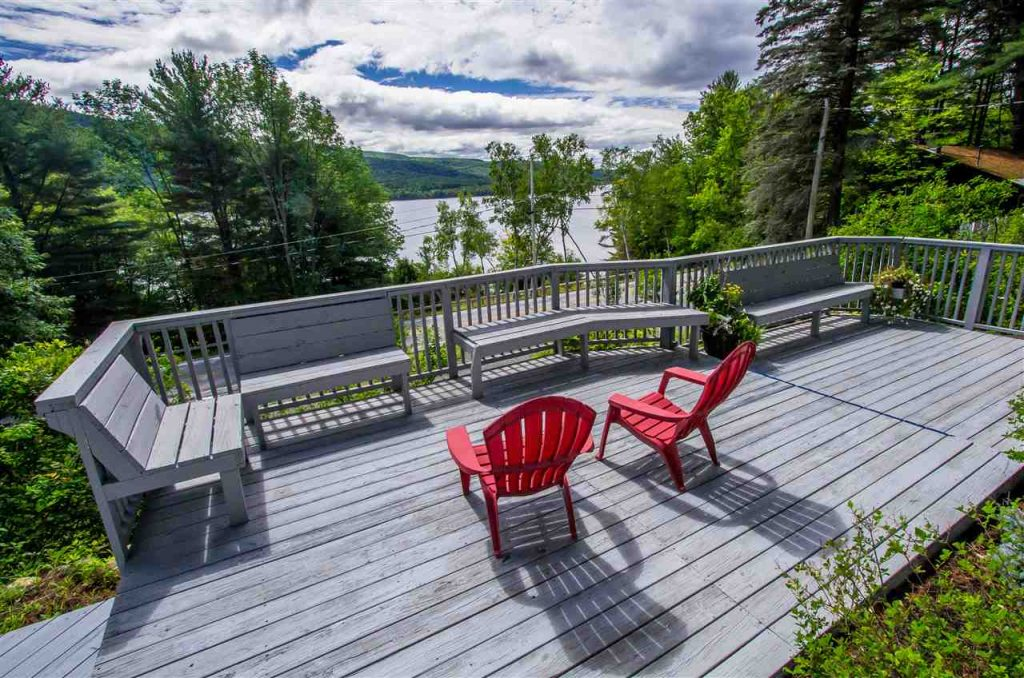 837-839 North Shore Road is walking distance to a private beach on lake Sacandaga
