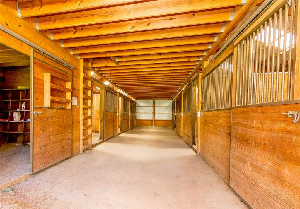 161 White Road in Milton, NY is a horse farm for sale includes training and foaling facilities to take advantage of nearby Saratoga Race Course's equestrian lifestyle