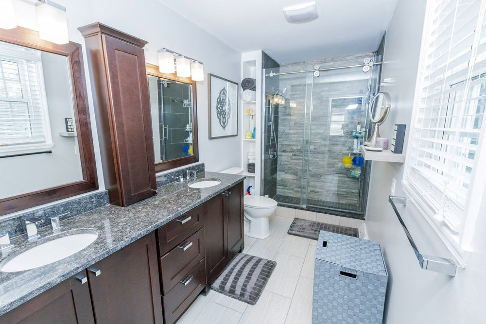 15 Trevor Court in Clifton Park, NY 12065 has a large master bath with double vanity and walk in shower