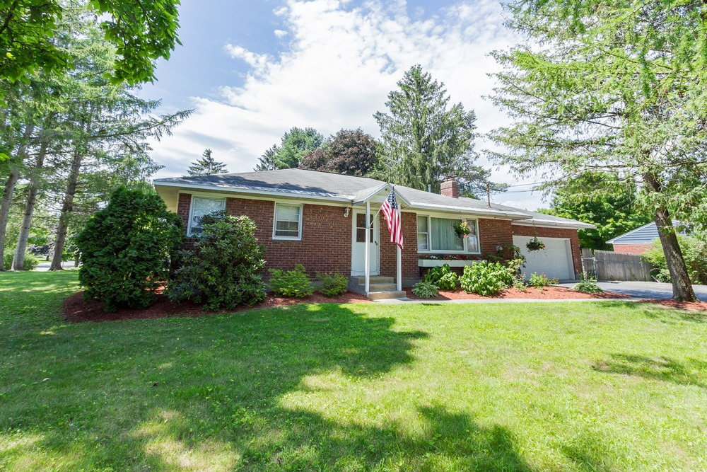27 Kirby Road, Saratoga Springs, NY, is a brick ranch-style home for sale with 3 bedrooms and 1.5 baths.