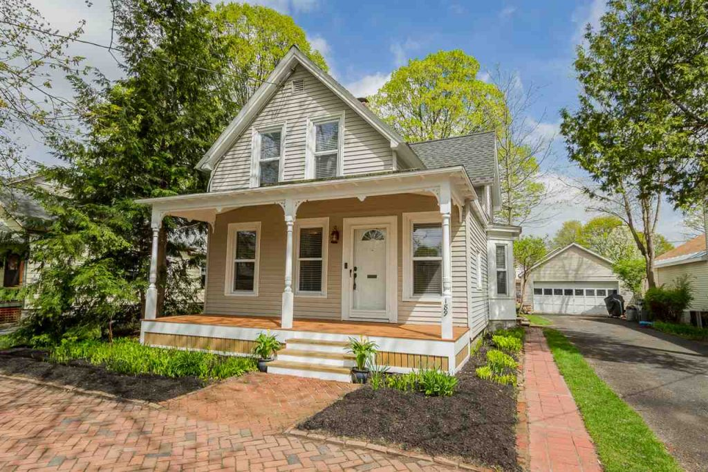 189 Lake Avenue in Saratoga Springs ny is a home for sale with 3 bedrooms 3 bathrooms