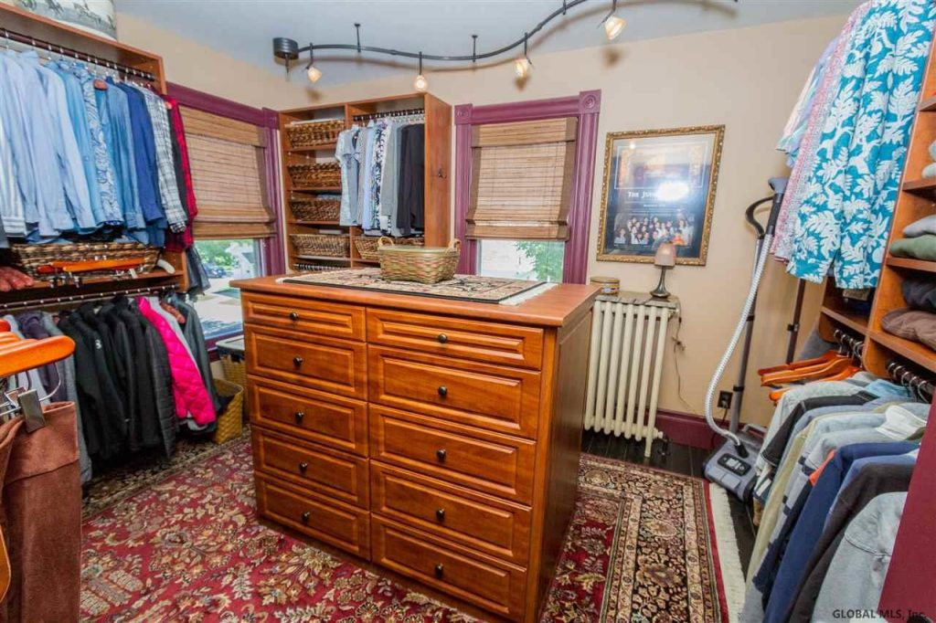 41 george street, saratoga springs, ny 12866 is an updated turn of the century victorian home for sale with master en suite with walk-in closet