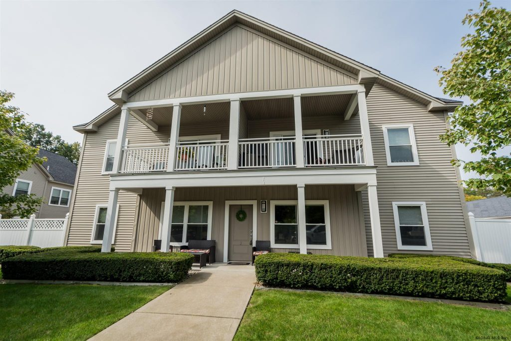 287 Jefferson Street, Unit 2 is a condo for sale in Saratoga Springs, NY with 1 bedroom and 1 bathroom